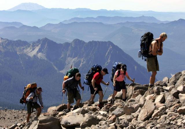 Ghid de comportare pe munte